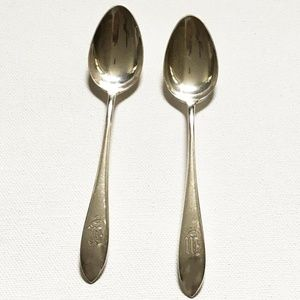 "LP Vintage 1960s Set of Sterling Silver ""W"" Spoons"